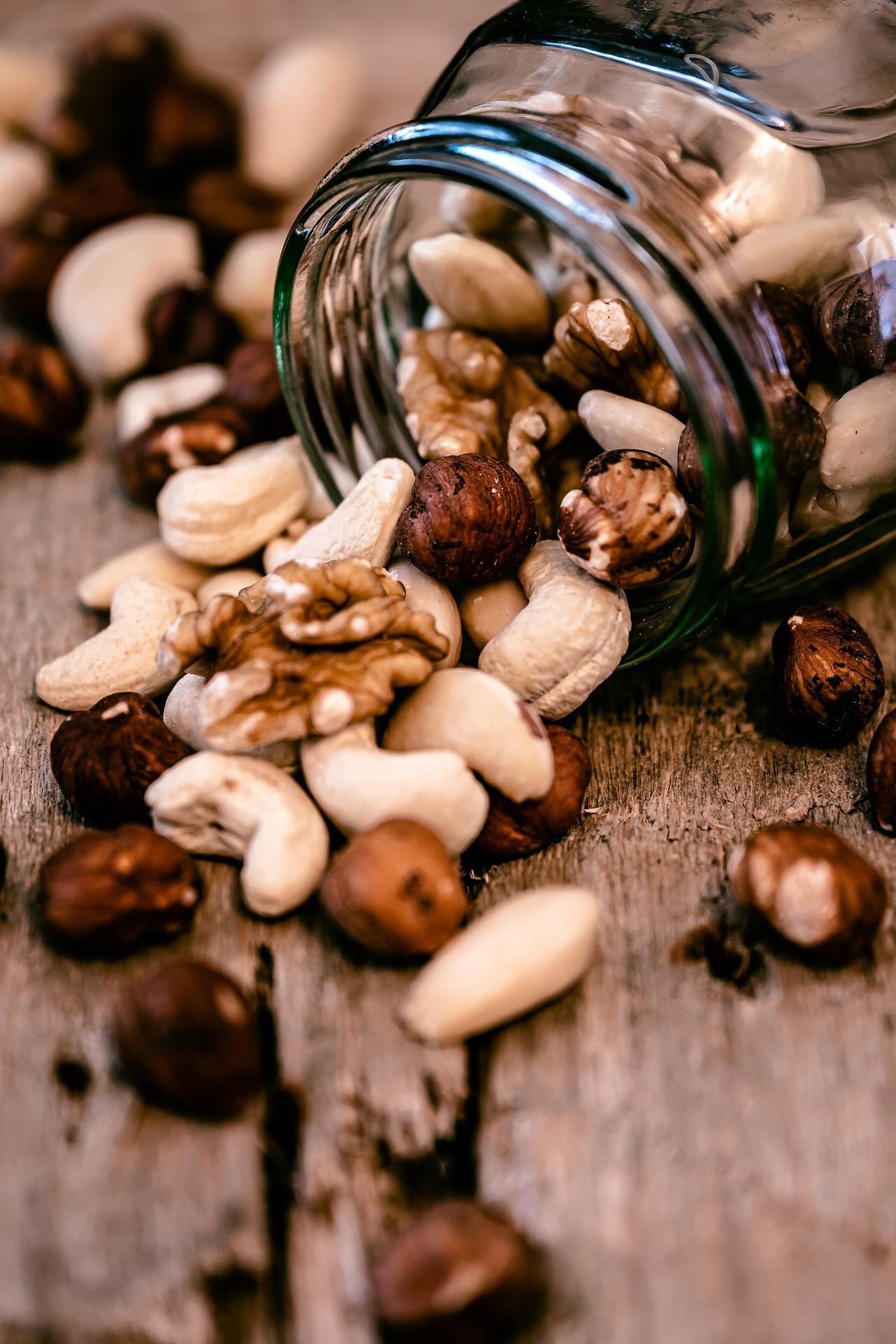 Bocal de noix variées